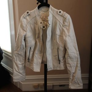 Arden B Faux Leather Cream Jacket (Small)